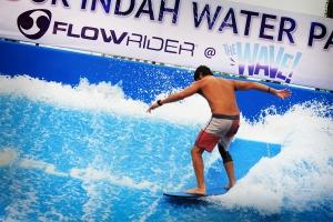 FlowRider - The Ultimate Surf Machine