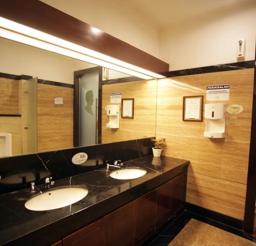 Toilet  Pondok Indah Mall
